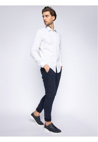 Niebieskie spodnie Guess