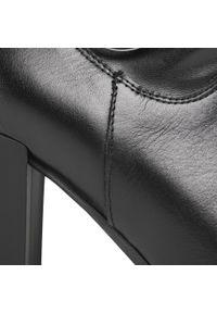 Czarne botki Karino na obcasie, z aplikacjami, na średnim obcasie