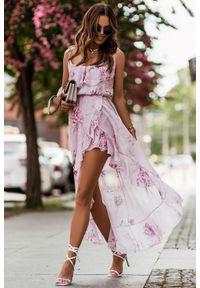 IVON - Asymetryczna Sukienka z Falbankami - Różowa. Typ kołnierza: kołnierz z falbankami. Kolor: różowy. Materiał: poliester. Typ sukienki: asymetryczne