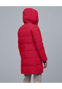 CANADA GOOSE - Czerwona parka Shelburne. Kolor: czerwony. Materiał: futro, materiał. Wzór: aplikacja. Sezon: jesień, zima, lato. Styl: klasyczny