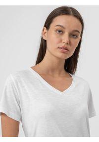 4f - T-shirt oversize gładki damski. Kolor: biały. Materiał: bawełna, dzianina. Wzór: gładki