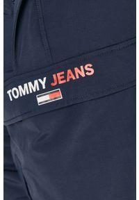 Niebieska kurtka Tommy Jeans na co dzień, casualowa