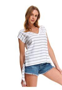 Biały t-shirt DRYWASH krótki, z dekoltem w serek, w prążki