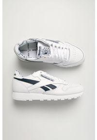 Białe sneakersy Reebok Classic na sznurówki, z okrągłym noskiem, z cholewką