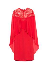 Elie Saab - ELIE SAAB - Czerwona sukienka z jedwabiu. Okazja: na co dzień. Kolor: czerwony. Materiał: jedwab. Wzór: koronka, aplikacja. Typ sukienki: proste. Styl: wizytowy, elegancki, casual