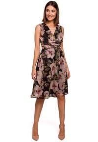 e-margeritka - Sukienka szyfonowa bez rękawów kwiaty czarna - 2xl. Okazja: na wesele, na imprezę, na ślub cywilny. Kolor: czarny. Materiał: szyfon. Długość rękawa: bez rękawów. Wzór: kwiaty. Typ sukienki: proste, rozkloszowane. Styl: elegancki
