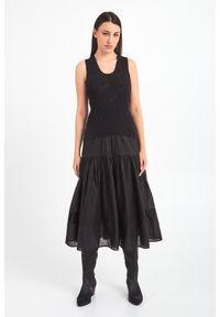 Sukienka TwinSet na lato, maxi, na ramiączkach, w ażurowe wzory