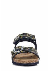 Żółte sandały Geox gładkie, na rzepy