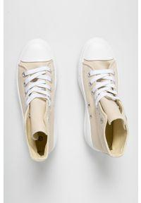 Answear Lab - Trampki Buonarotti. Nosek buta: okrągły. Zapięcie: sznurówki. Kolor: beżowy. Materiał: guma. Obcas: na platformie. Styl: wakacyjny