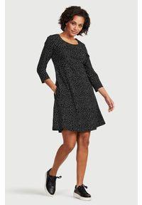 Cellbes Dżersejowa sukienka ze wzorem Czarny biały w kropki female czarny/biały/ze wzorem 42/44. Okazja: na co dzień. Kolor: wielokolorowy, biały, czarny. Materiał: jersey. Wzór: kropki. Styl: elegancki, casual
