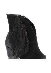 Czarne botki Exquisite