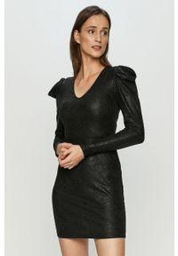Czarna sukienka Jacqueline de Yong z długim rękawem, na co dzień, casualowa, prosta