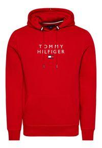 TOMMY HILFIGER - Tommy Hilfiger Bluza Stacked Flag MW0MW17397 Czerwony Regular Fit. Kolor: czerwony