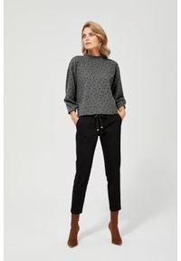 MOODO - Spodnie cygaretki. Materiał: bawełna, poliester, elastan, guma. Długość: długie. Wzór: gładki