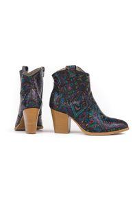 Zapato - botki kowbojki na obcasie - skóra naturalna - model 471 - kolor indian. Materiał: skóra. Obcas: na obcasie. Wysokość obcasa: średni
