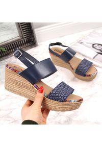 Niebieskie sandały El Pimpi eleganckie