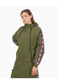 Champion - CHAMPION - Zielona bluza z kapturem. Typ kołnierza: kaptur. Kolor: zielony. Materiał: bawełna. Długość rękawa: długi rękaw. Długość: długie. Wzór: aplikacja