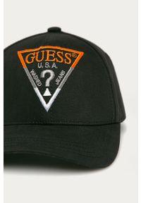 Czarna czapka z daszkiem Guess gładkie