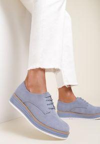 Renee - Jasnoniebieskie Półbuty Astrymes. Nosek buta: okrągły. Kolor: niebieski. Szerokość cholewki: normalna. Obcas: na platformie