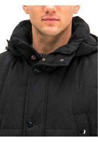 Czarna kurtka zimowa Strellson