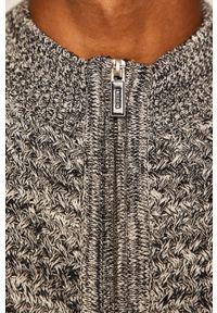 Szary sweter rozpinany medicine krótki