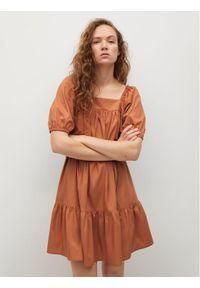 mango - Mango Sukienka codzienna Almond 87068631 Pomarańczowy Regular Fit. Okazja: na co dzień. Kolor: pomarańczowy. Typ sukienki: proste. Styl: casual