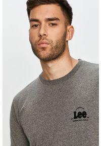 Szary t-shirt Lee z aplikacjami