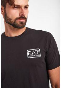EA7 Emporio Armani - T-SHIRT EA7 EMPORIO ARMANI. Wzór: nadruk. Styl: klasyczny