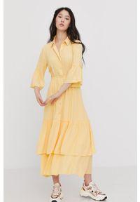 Answear Lab - Sukienka. Kolor: żółty. Materiał: tkanina. Typ sukienki: rozkloszowane. Styl: wakacyjny