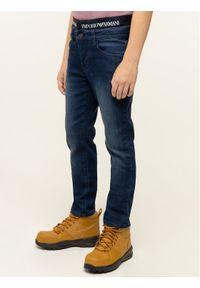 Emporio Armani Jeansy 6G4J17 4DEKZ 0941 Granatowy Slim Fit. Kolor: niebieski. Materiał: jeans