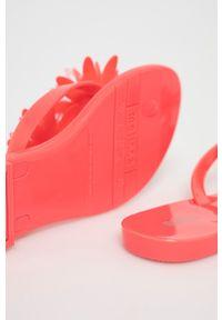 melissa - Melissa - Japonki Harmonic Garden. Kolor: różowy. Materiał: kauczuk, materiał, guma. Wzór: gładki