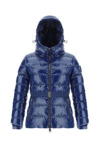 HERNO - Niebieska pikowana kurtka z paskiem. Kolor: niebieski
