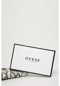 Biały portfel Guess Jeans