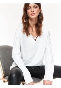 Biała bluza TOP SECRET casualowa, na wiosnę