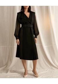Marella - MARELLA - Czarna sukienka marynarkowa Fabbro. Kolor: czarny. Długość rękawa: długi rękaw. Typ sukienki: asymetryczne, dopasowane. Styl: klasyczny. Długość: midi