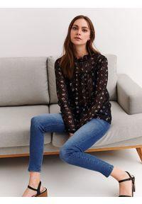 Czarna bluzka TOP SECRET elegancka, z krótkim rękawem, długa
