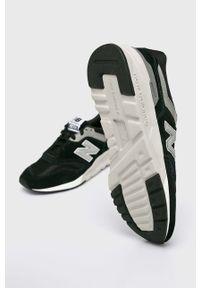 Czarne sneakersy New Balance na sznurówki, z cholewką