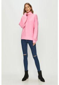 Różowy sweter Noisy may długi, z długim rękawem