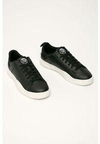 Czarne sneakersy Diesel z okrągłym noskiem, z cholewką