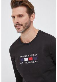 TOMMY HILFIGER - Tommy Hilfiger - Longsleeve bawełniany. Okazja: na co dzień. Kolor: czarny. Materiał: bawełna. Długość rękawa: długi rękaw. Wzór: aplikacja. Styl: casual
