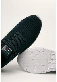 Niebieskie sneakersy TOMMY HILFIGER z okrągłym noskiem, z cholewką