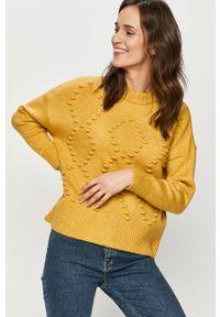 Answear Lab - Sweter. Okazja: na co dzień. Kolor: żółty. Długość rękawa: długi rękaw. Długość: długie. Styl: wakacyjny
