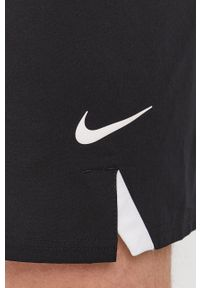 Nike - Szorty kąpielowe. Kolor: czarny