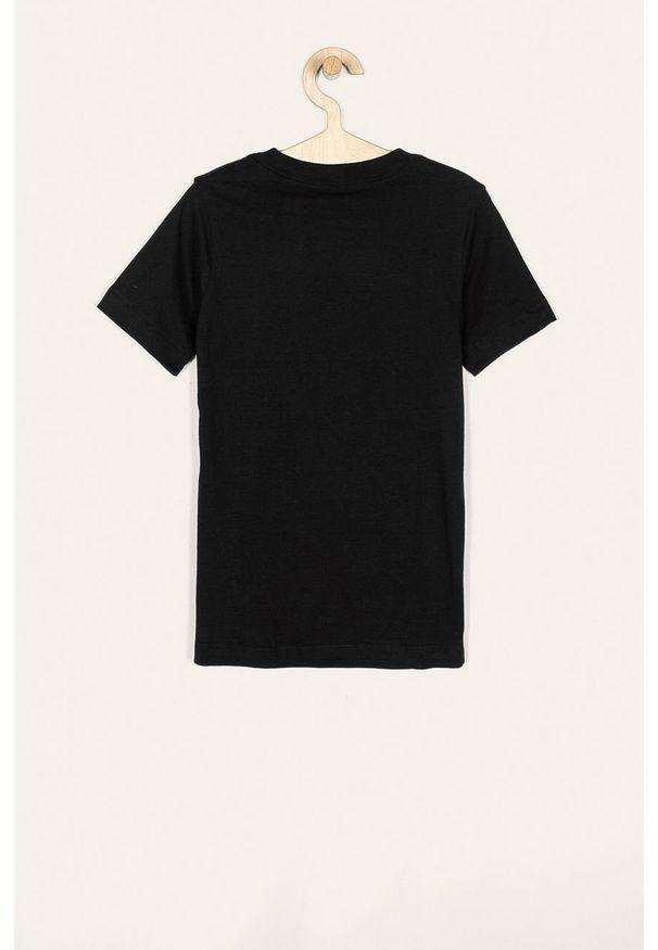 Czarny t-shirt Nike Kids z okrągłym kołnierzem, z nadrukiem