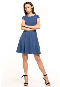 Tessita - Chabrowa Rozkloszowana Sukienka Dzianinowa na Lato. Kolor: niebieski. Materiał: dzianina. Sezon: lato