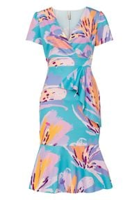 Sukienka bonprix turkusowy w kwiaty. Kolor: niebieski. Wzór: kwiaty