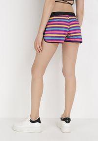 Born2be - Fioletowe Szorty Athilorise. Okazja: na plażę. Kolor: fioletowy. Materiał: guma. Długość: krótkie. Wzór: jednolity, kolorowy, paski, aplikacja. Styl: sportowy