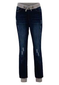 Dżinsy bawełniane BOYFRIEND z wygodnym paskiem bonprix nocny niebieski denim. Kolor: czarny