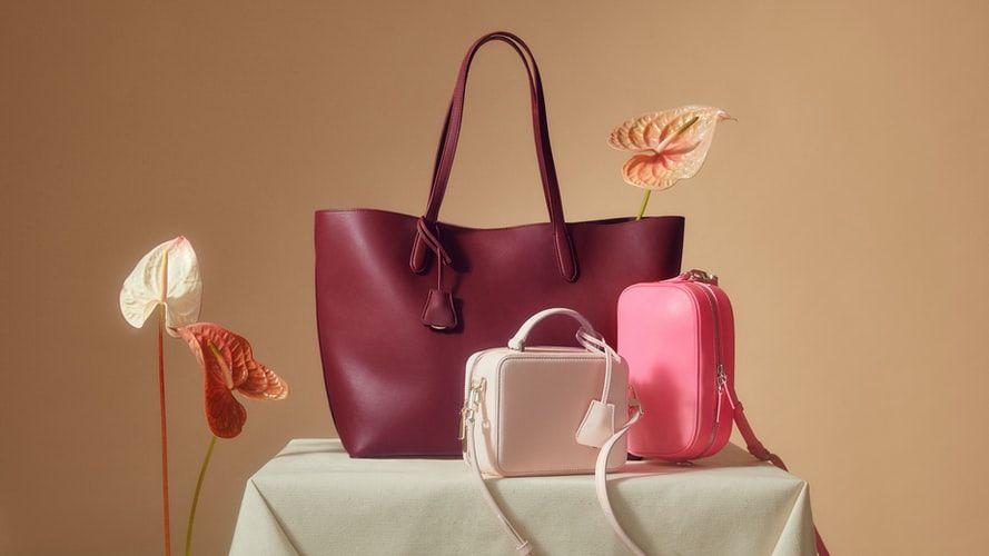 Jak wybrać idealną torebkę damską na prezent?