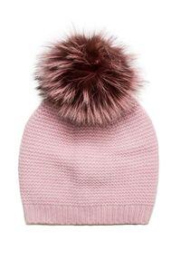 Różowa czapka William Sharp elegancka, w kolorowe wzory